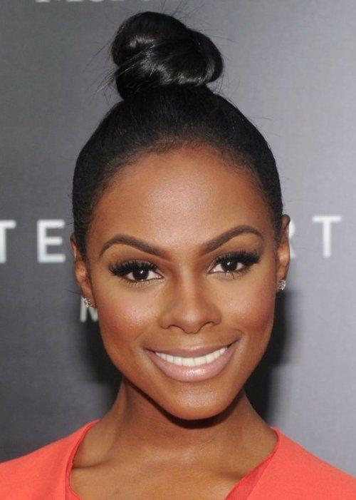 Penteado bonito para as mulheres negras