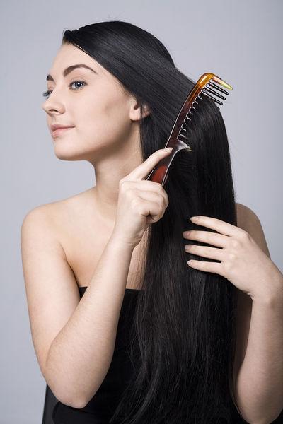 Pontas do alto 5 com base no senso comum para cabelos longos e saudáveis