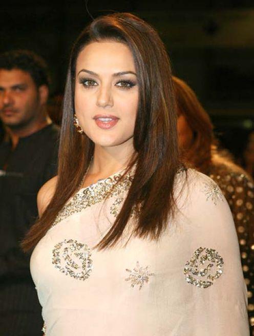 Famosos Hollywood, Bollywood e Lollywood Atrizes Cortes de Cabelo e Penteados Fotos
