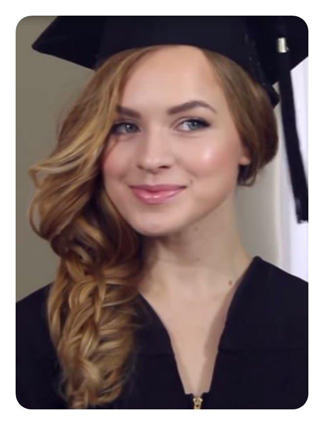 82 penteados da graduação que você pode balançar este ano