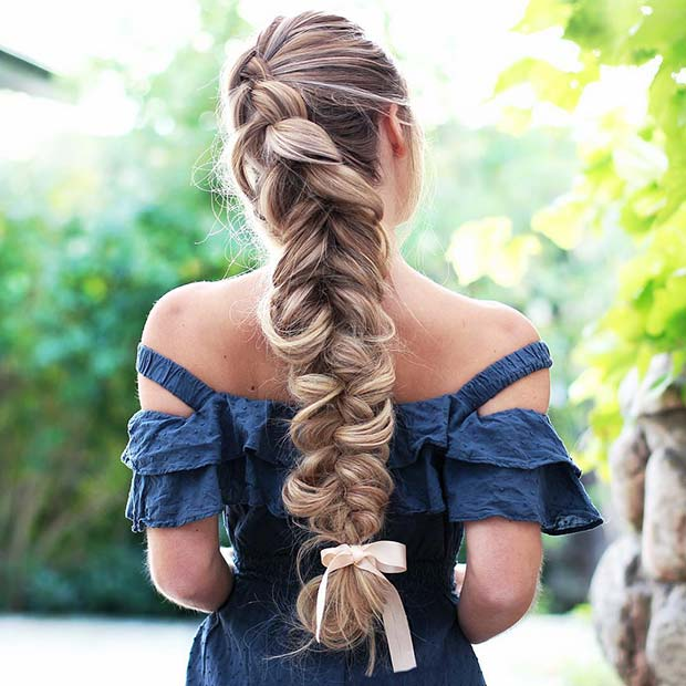 Idéias de penteado deslumbrante para a noite de formatura