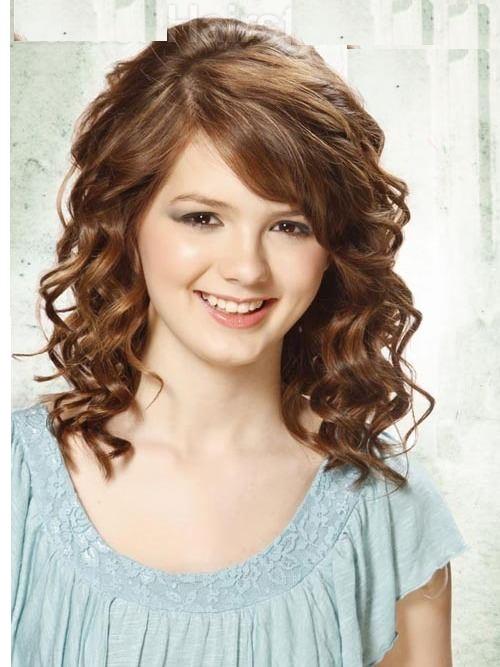Mais recente estilo de cabelo encaracolado para meninas indo da escola
