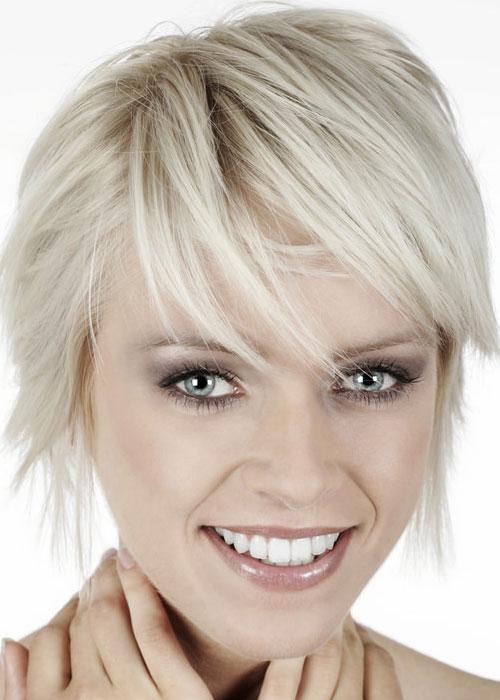 20 melhores estilos de cabelo curto loiro spunky para senhoras