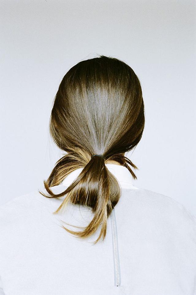 Penteado meio bonito e impressionante feito