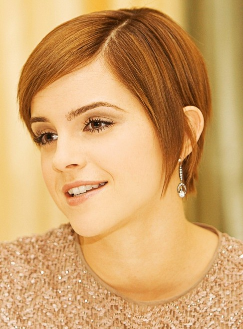 Penteados diferentes de Emma Watson
