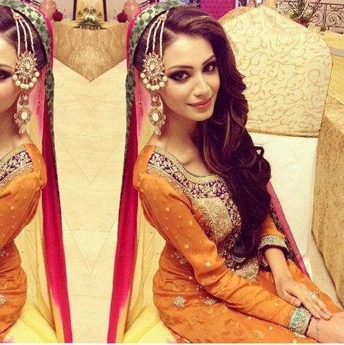 Penteados de Mehndi nupcial elegante para final olhar tradicional