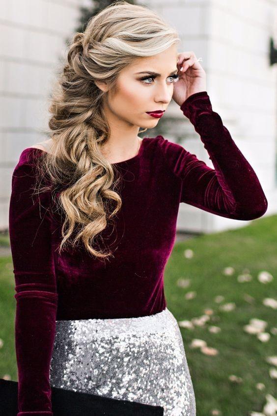 Gama de penteado encaracolado especial de Natal e idéias para senhoras