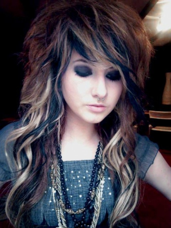 Awesomely Adorable Emo Hairstyle Ideas for Girls