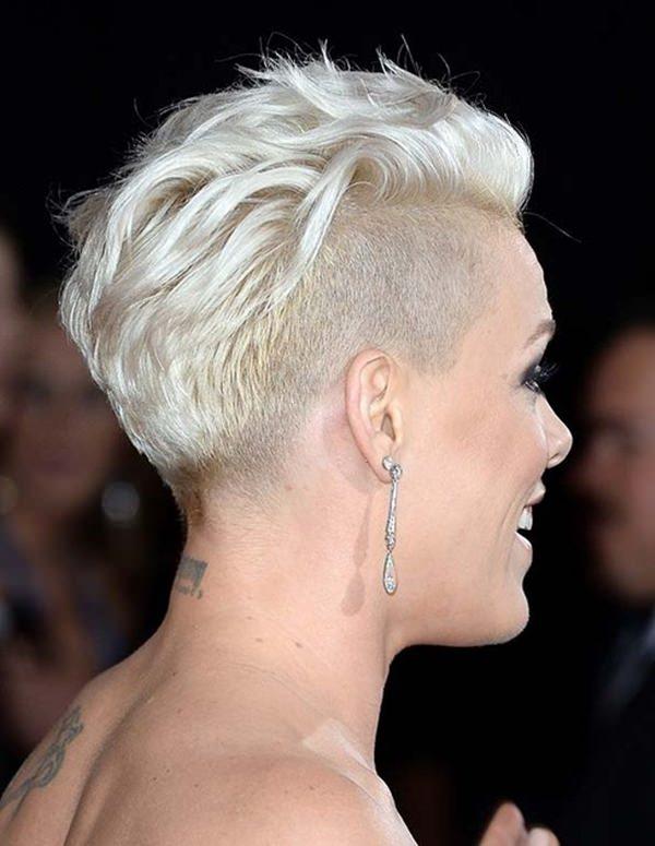 50 penteados raspados que vão fazer você parecer um idiota