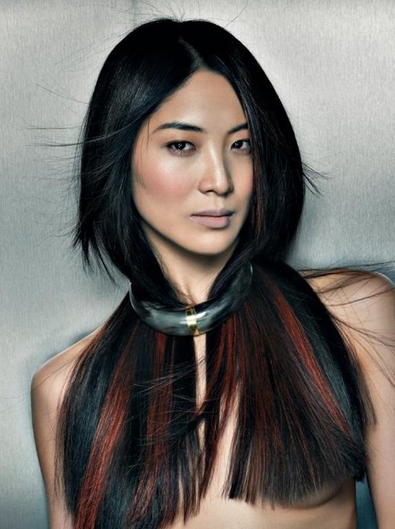 Cor do cabelo, destaques e cortes de cabelo Idéias para as mulheres de acordo com formas diferentes de rosto