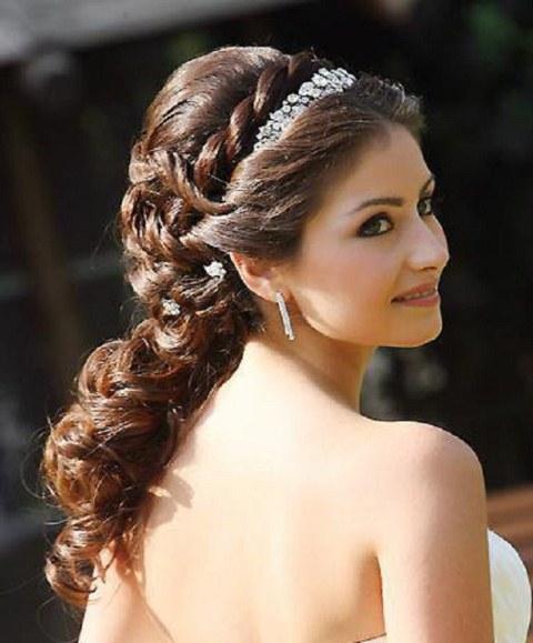 10 melhores penteados para damas de honra