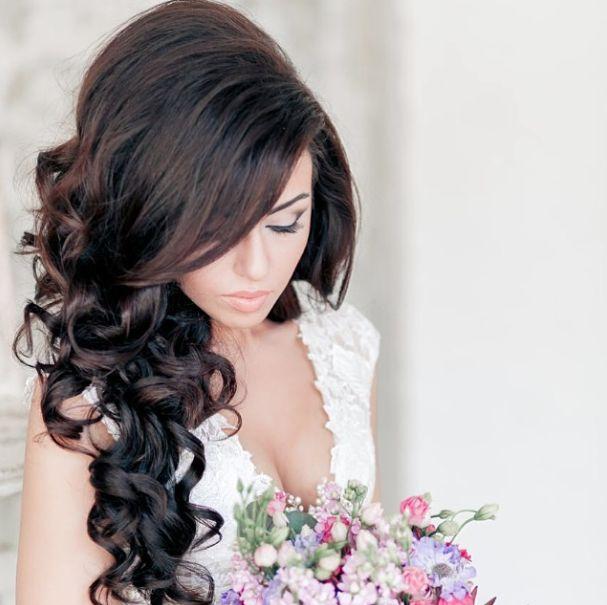Penteados Curly Moda Exclusivo para American Brides