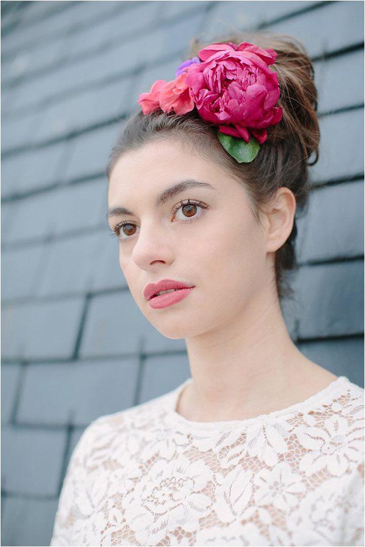 Idéias de penteado de nó superior versátil & infinitamente lisonjeiro para noivas