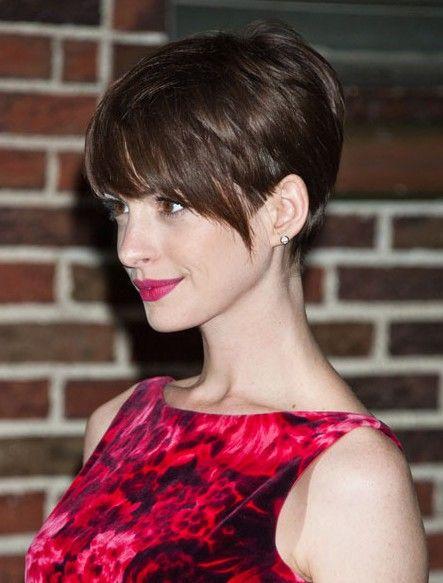 Penteados curtos simples para senhoras exclusivas