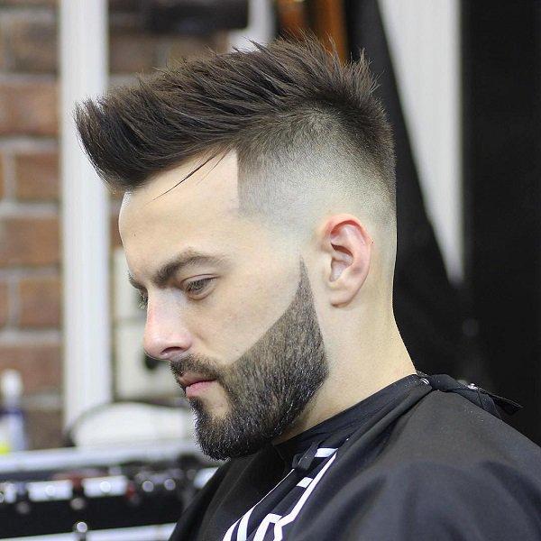 Penteado chique moderno procura homens