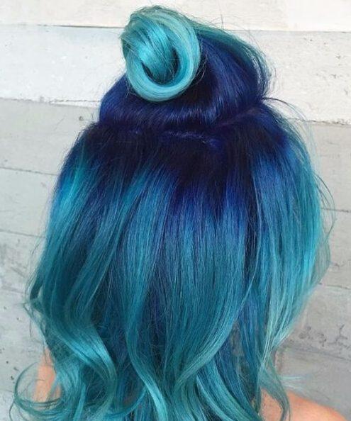 metade até metade da cor do cabelo verde