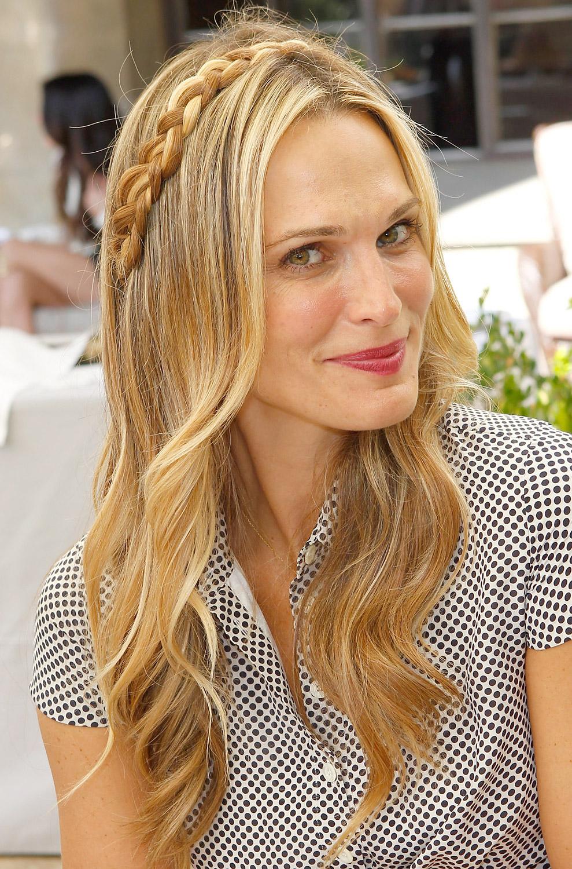 Moda na moda rapidamente fez melhores penteados para mulheres que trabalham: