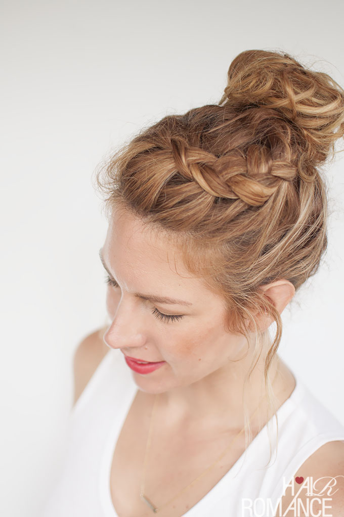 Idéias trançadas superiores do Hairstyling do nó para senhoras 2018