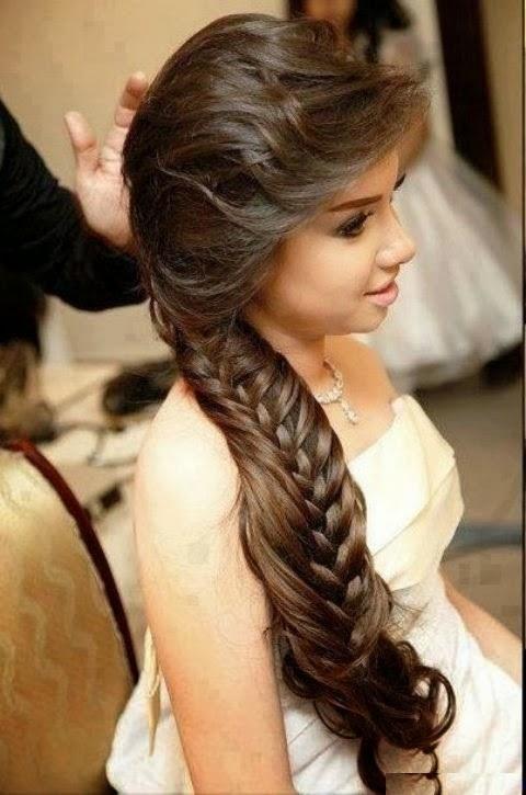 Mais recente estilo de cabelo excepcional excepcional para eventos especiais