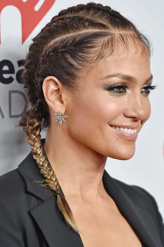 Bonito e fácil de fazer penteados trançados de celebridades