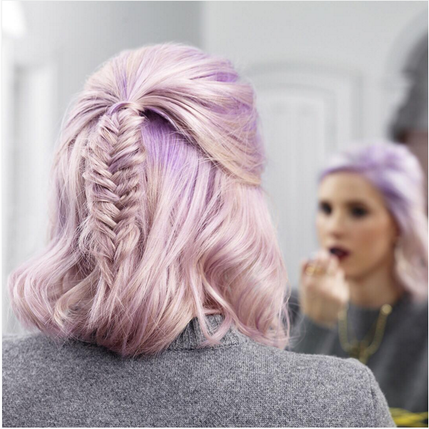 Idéias de penteado trançado lindo para cabelo curto