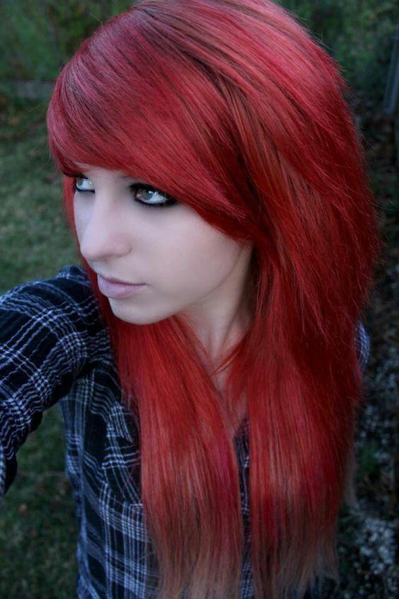 Idéias criativas e originais da cor do cabelo de Emo para meninas