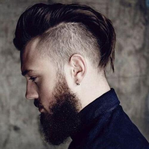 Penteados Mohawk elegantes para homens
