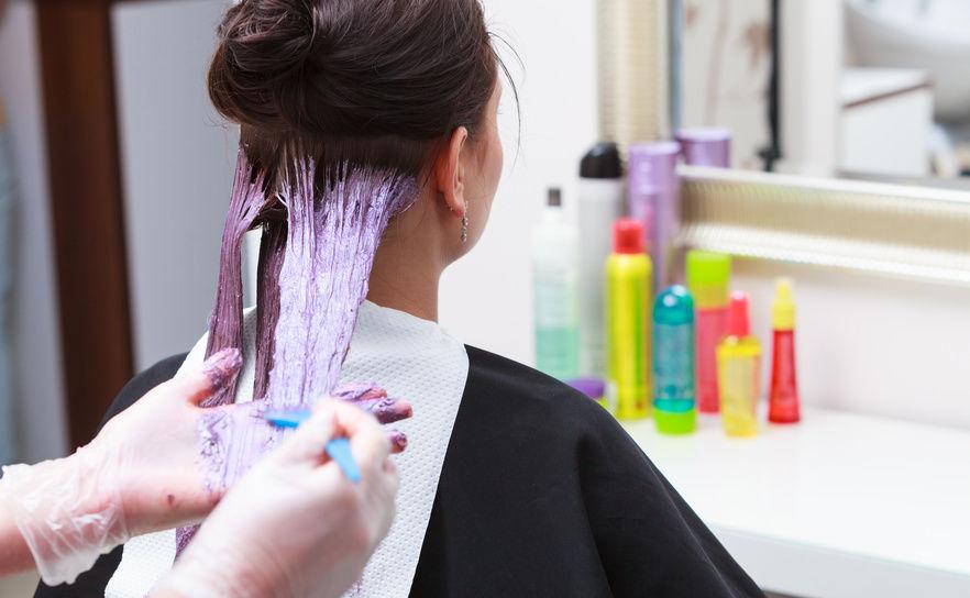 Cabelo áspero após a tintura!  Suave seu cabelo com dicas fáceis