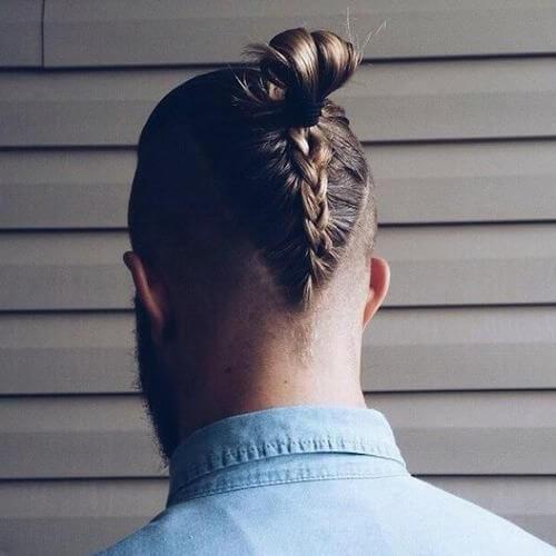 Penteados Mohawk trançados para homens