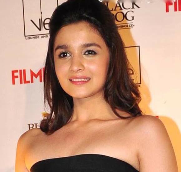 10 penteados curtos mais populares em atrizes de Bollywood