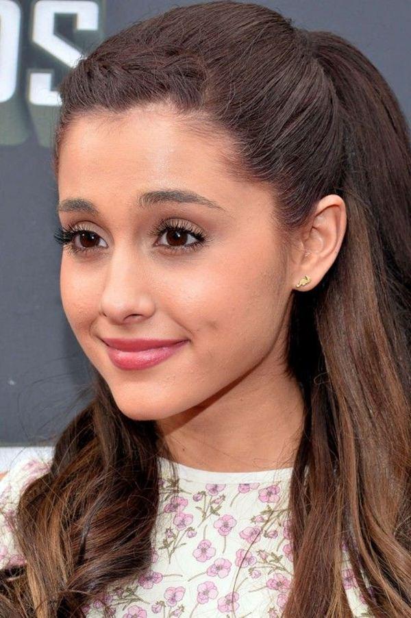 54 surpreendentes Ariana Grande penteados e idéias de cores