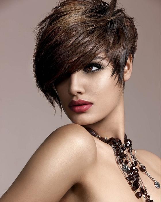 10 idéias fascinantes do cabelo do verão para raparigas