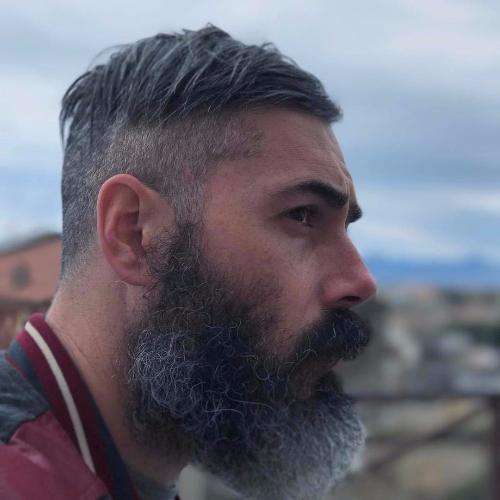 52 magníficos penteados para homens mais velhos