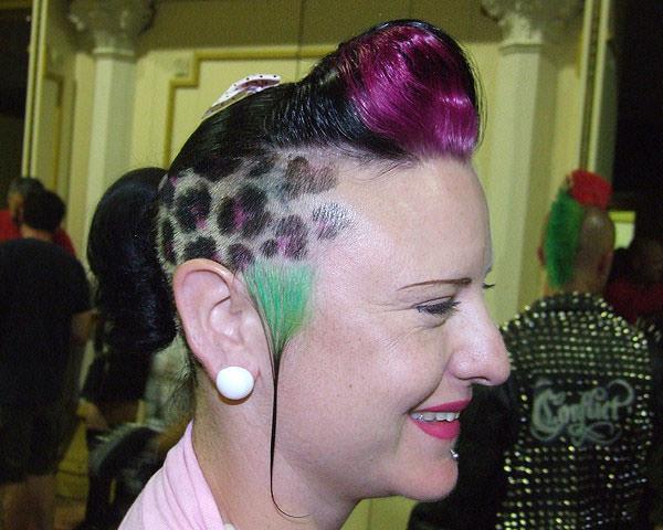 56 penteados punk para ajudá-lo a se destacar da multidão