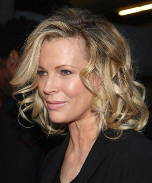 45 penteados sofisticados para mulheres acima de 60 anos