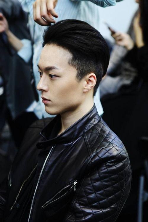 15 cortes de cabelo de homens asiáticos excelentes e elegantes