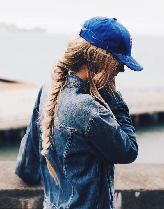 Penteado de Snapback Casual bonito e elegante para meninas de 2018