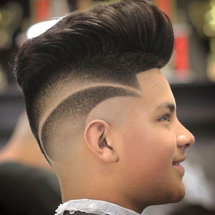 Comece a sua nova temporada para um novo visual com o corte de cabelo moderno na moda