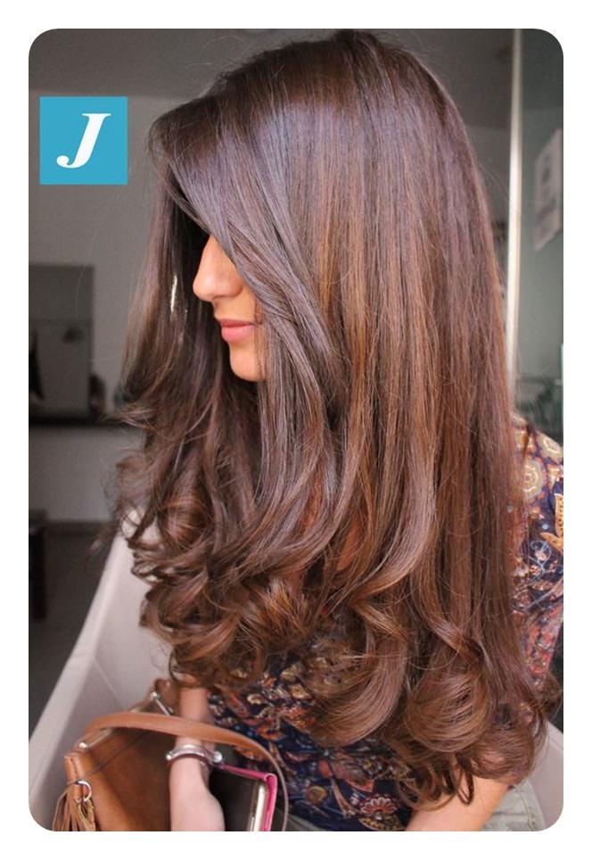 67 surpreendentes penteados castanhos de chocolate para iluminar seu olhar