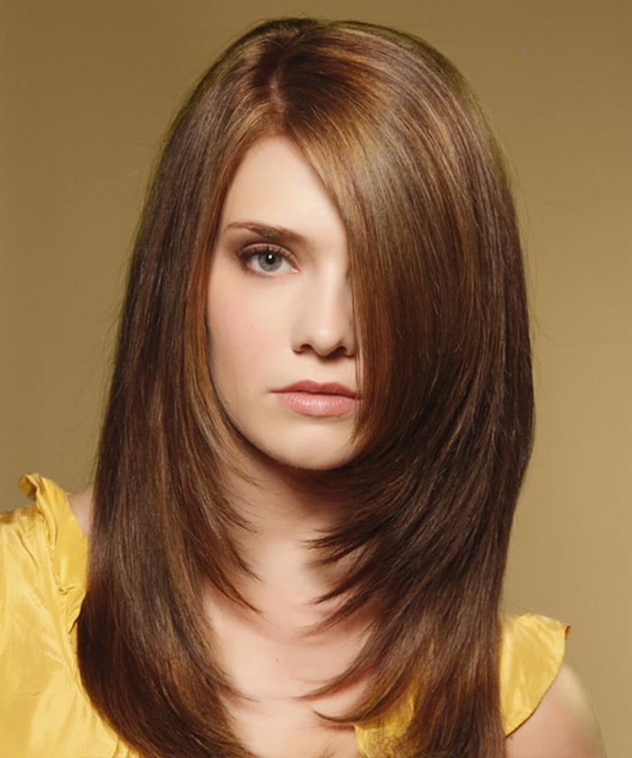 Cortes de cabelo e penteados em camadas para cabelos longos e curtos
