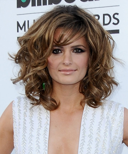 Uma visão geral dos melhores penteados de diferentes celebridades