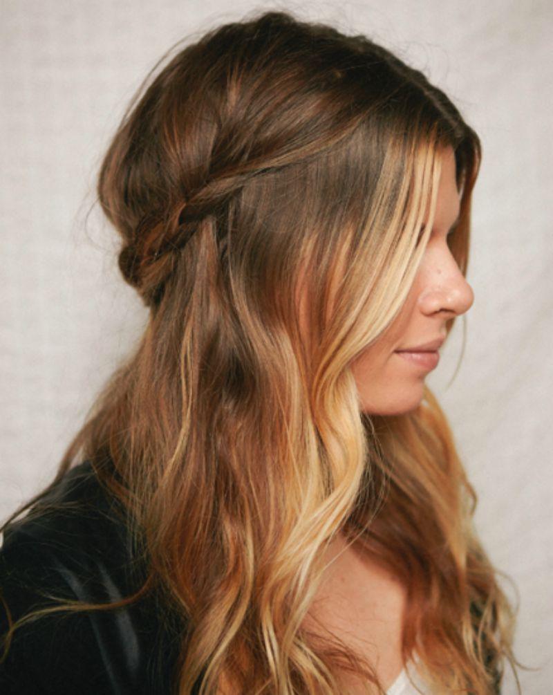 Vários estilos de inverno Half up e Half down Hairstyle Ideas for Girls