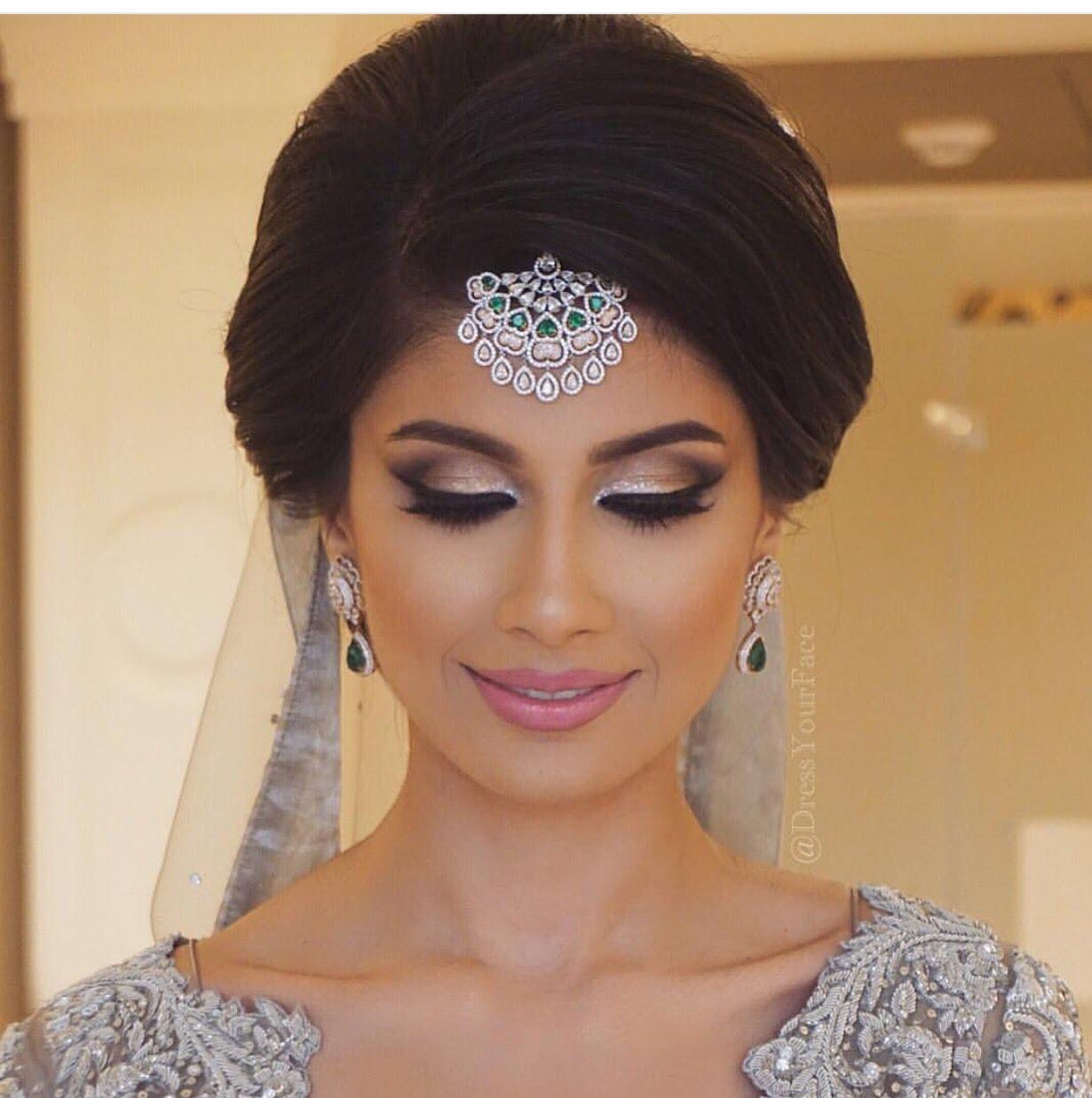 Penteados de casamento para meninas com cabelos curtos