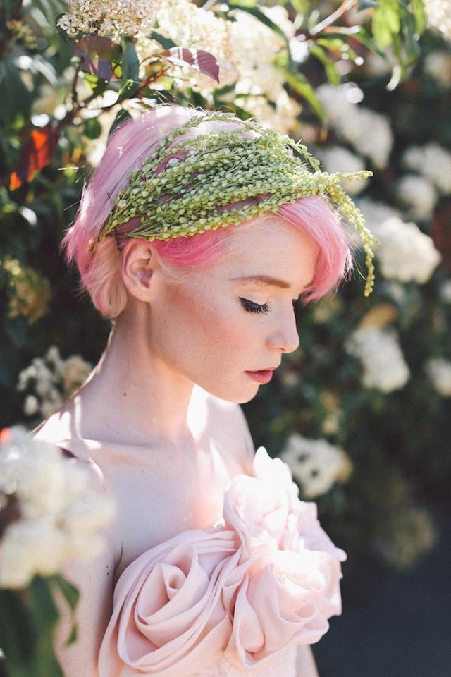 Expressões impressionantes de folhas e flores para acessórios de cabelo