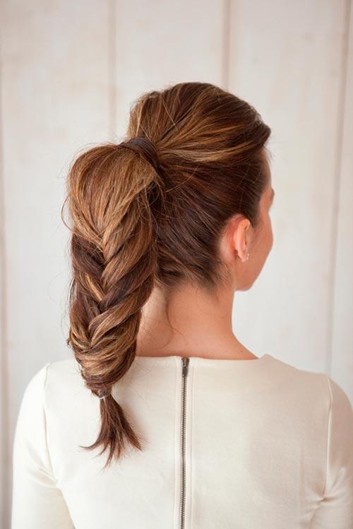 Top 8 mulheres preguiçosas bonitos penteados de inverno