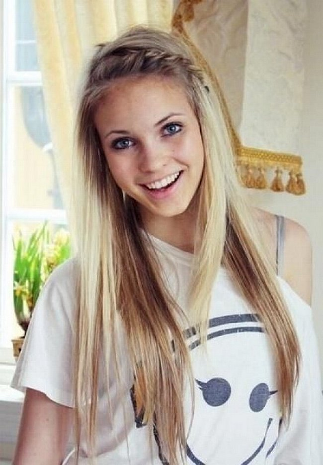 Penteados fáceis na moda para cabelos lisos longos