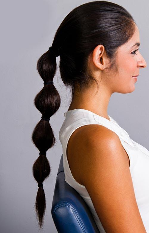 Idéias fáceis do penteado do verão para meninas preguiçosas