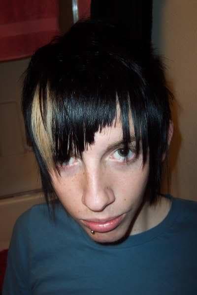 Idéias de penteado de estilo emo para meninos