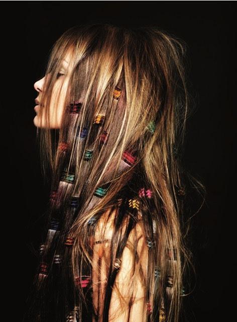 Tapeçaria surpreendente do cabelo em projetos os mais atrasados diferentes