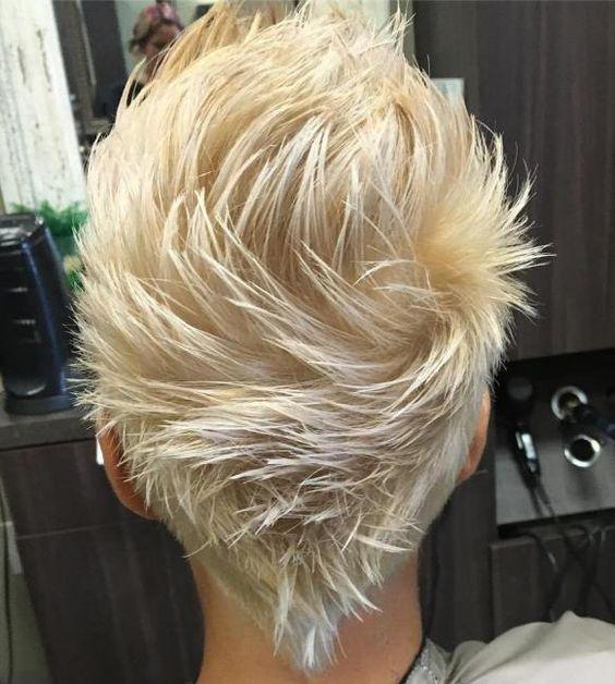 Faça picos em seu penteado, seja você homem ou mulher